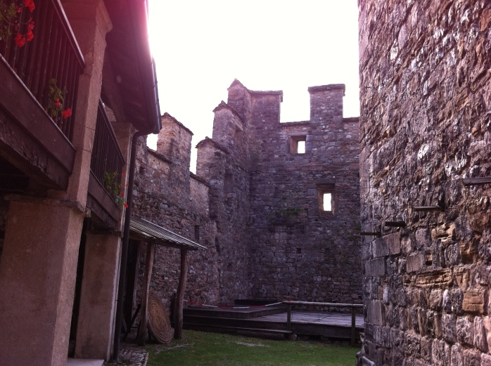 Castello di Zumelle 18